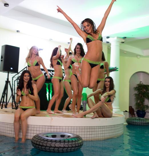 MonsterGirlMansion 2015 Monster Girls Pool