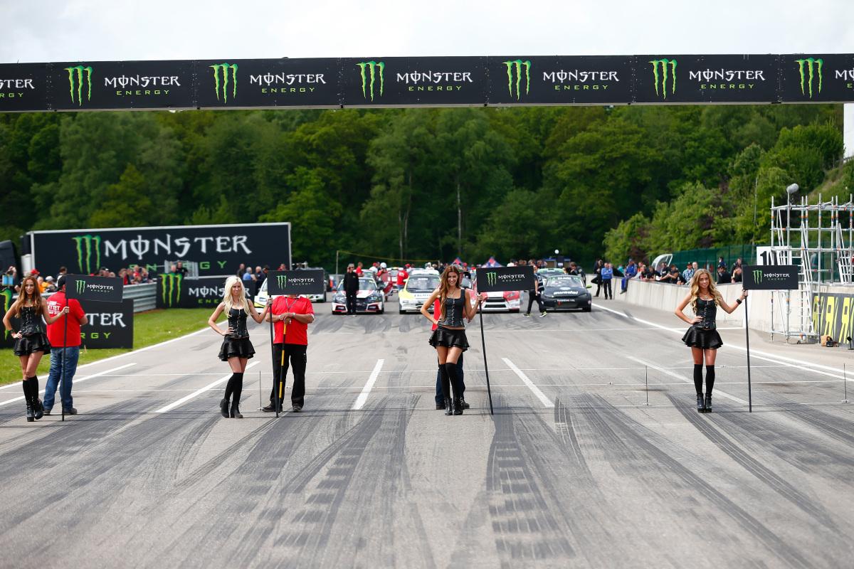 2015 FIA World Rallycross Championship / Round 03, Mettet, Belgium / May 15 - 17 2015 // Worldwide Copyright: Monster/McKlein monster energy grid mbrella paddock girls