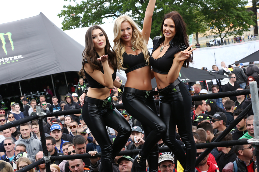 vLEMANS Monster Energy Girls Le Mans MONSTERGIRLS